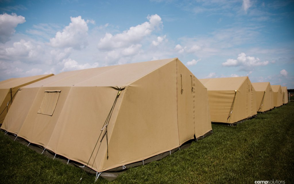 Grouptent_Overview_CampSolutions.jpg